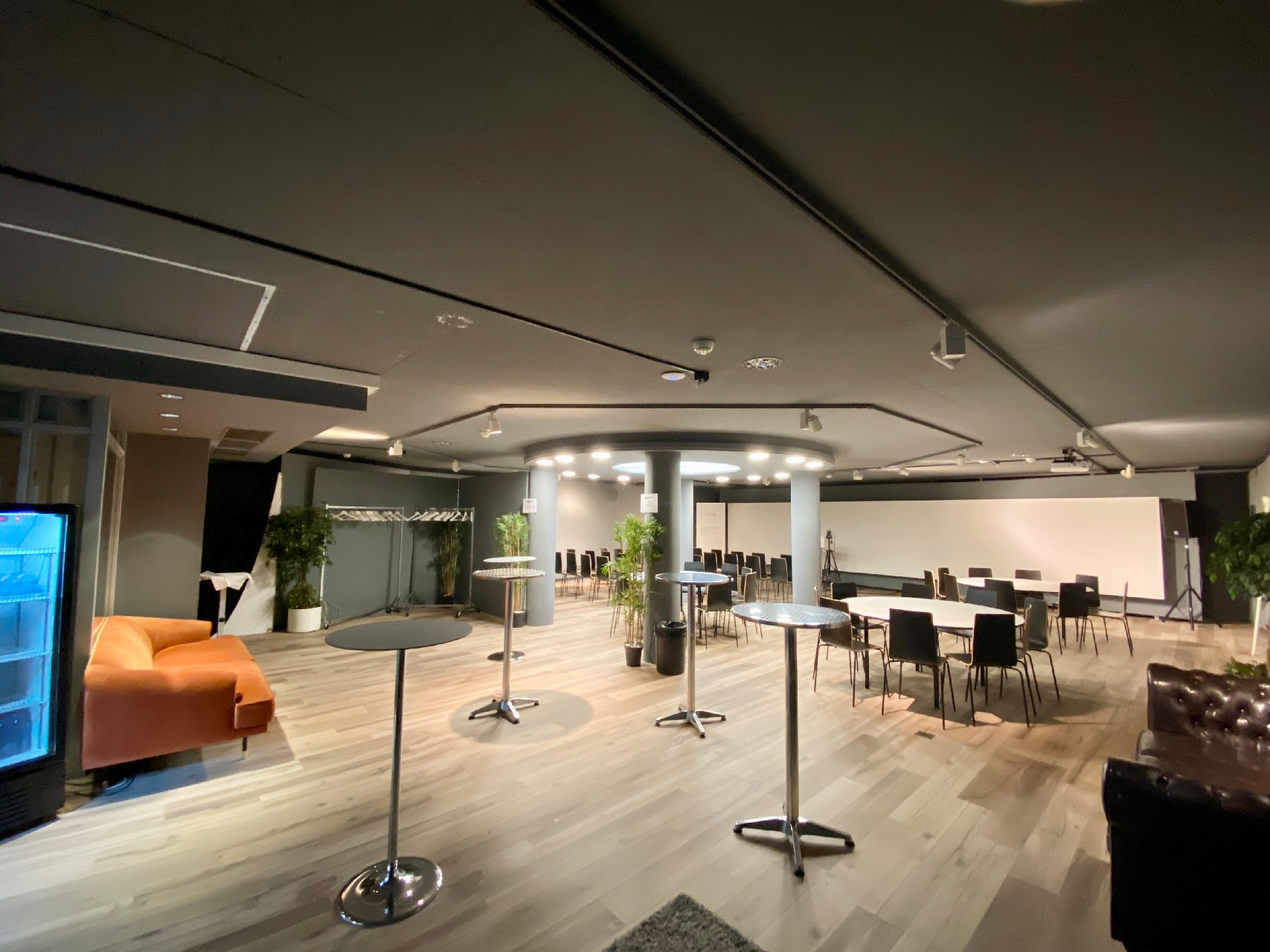 event space 1-1